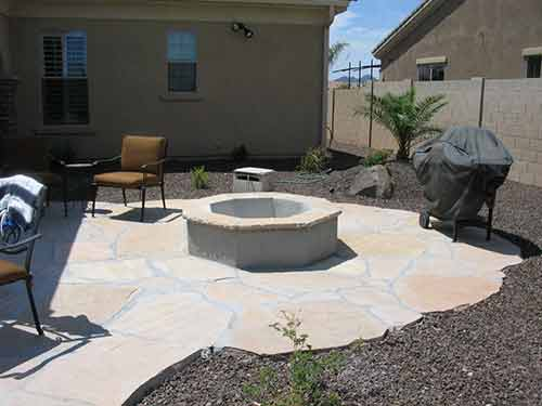 wood-fire-pit-flagstone