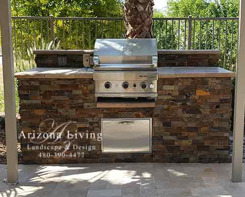 grill-built-in-bark-ledgestone